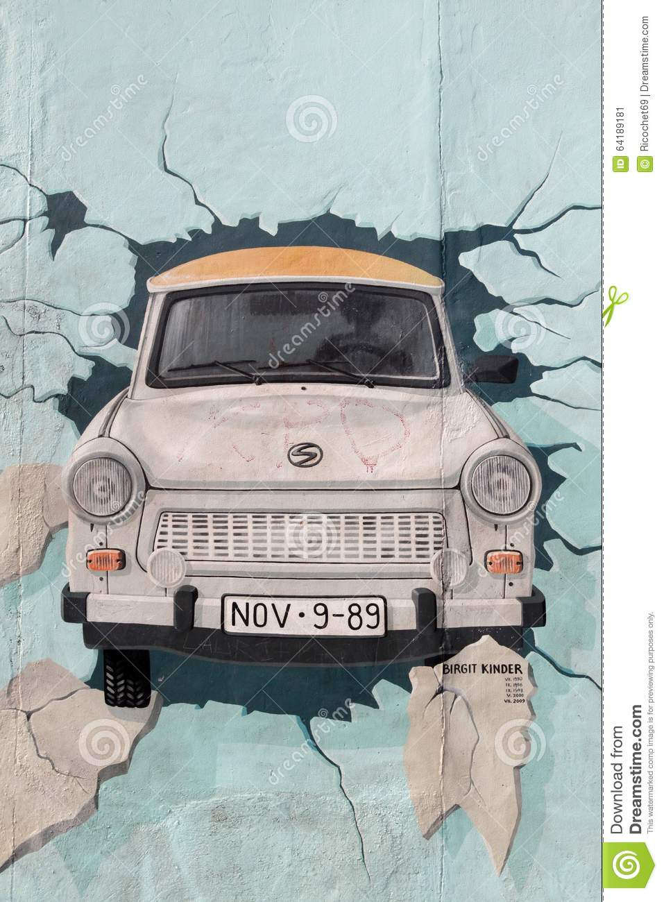 Pittura di trabant al muro di berlino germania fotografia for Pittura muro