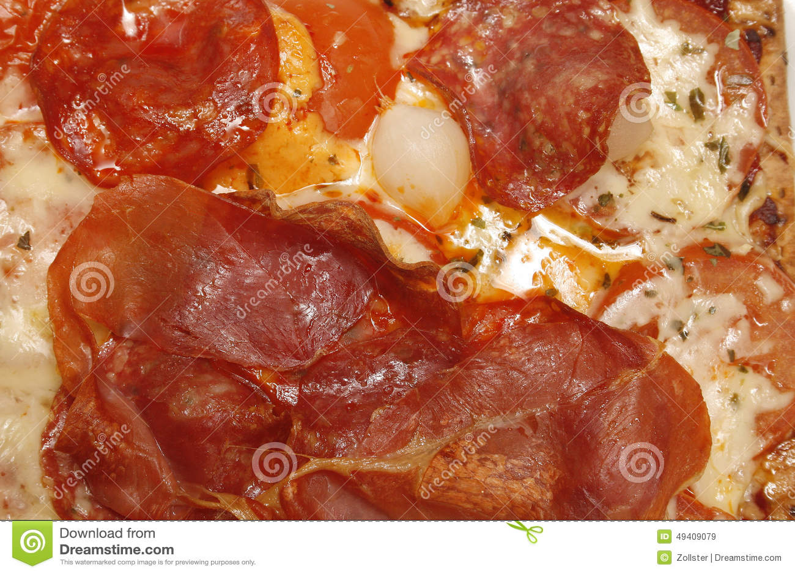 Download Pizza stockbild. Bild von kochen, teller, pepperonis - 49409079