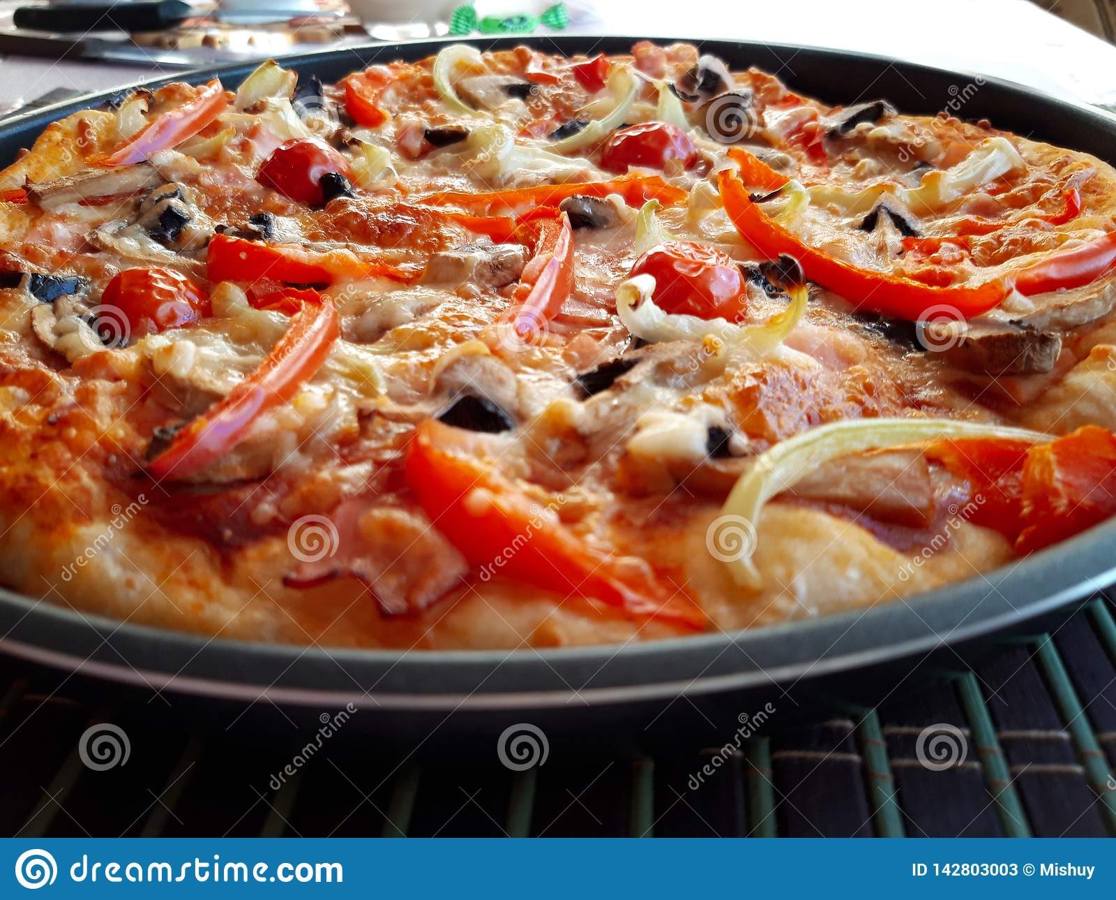 Delicious italian fresh baked pizza
