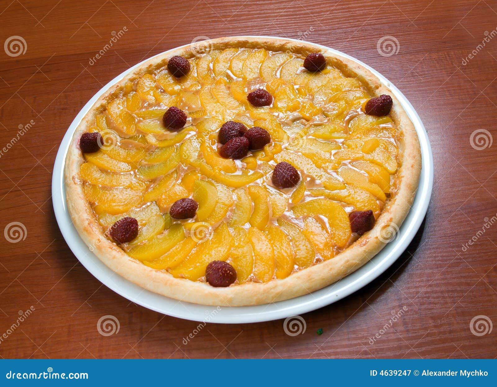 Pizza doce com fruta