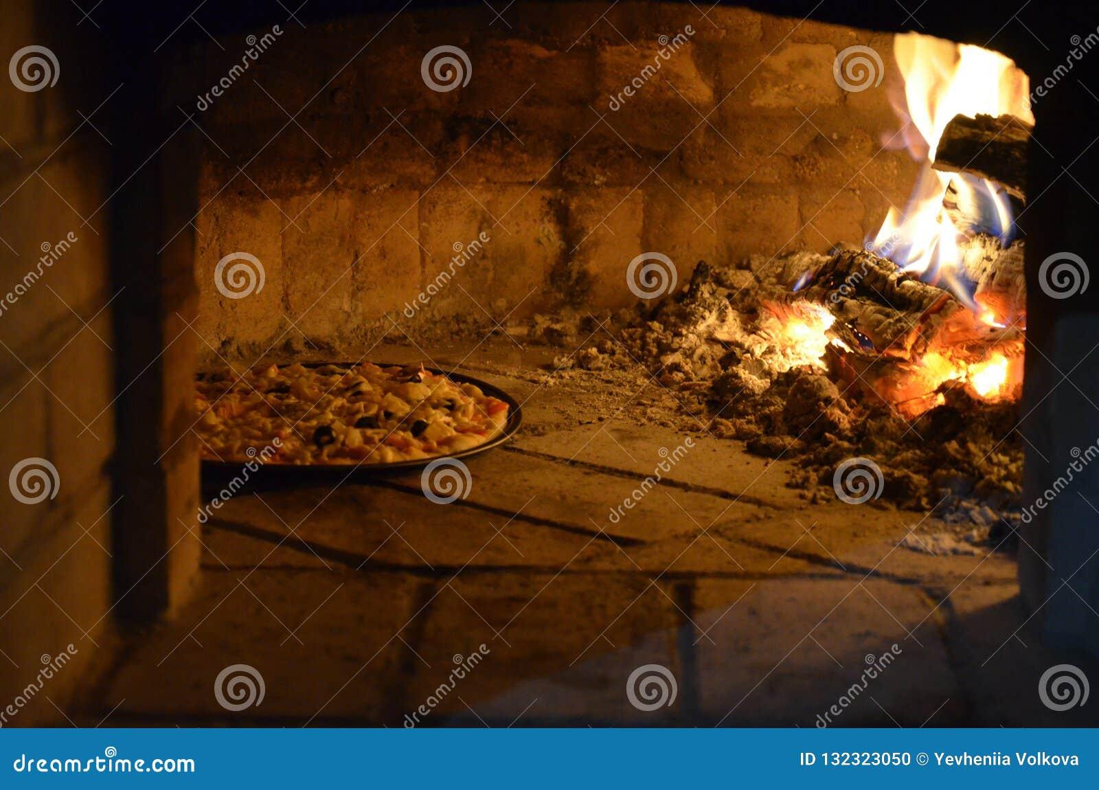 Pizza en el horno