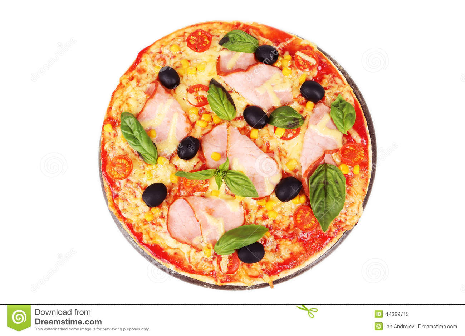 Pizza fresca deliziosa isolata su bianco
