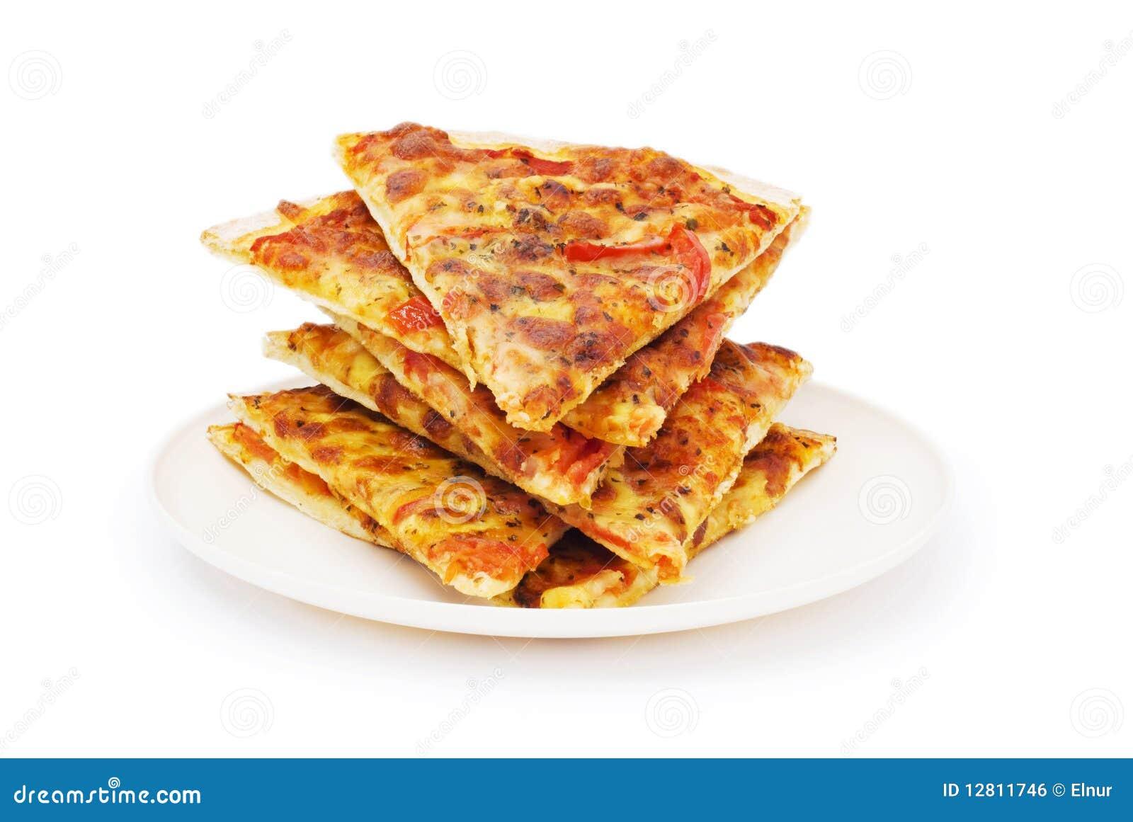 Pizza isolada no branco