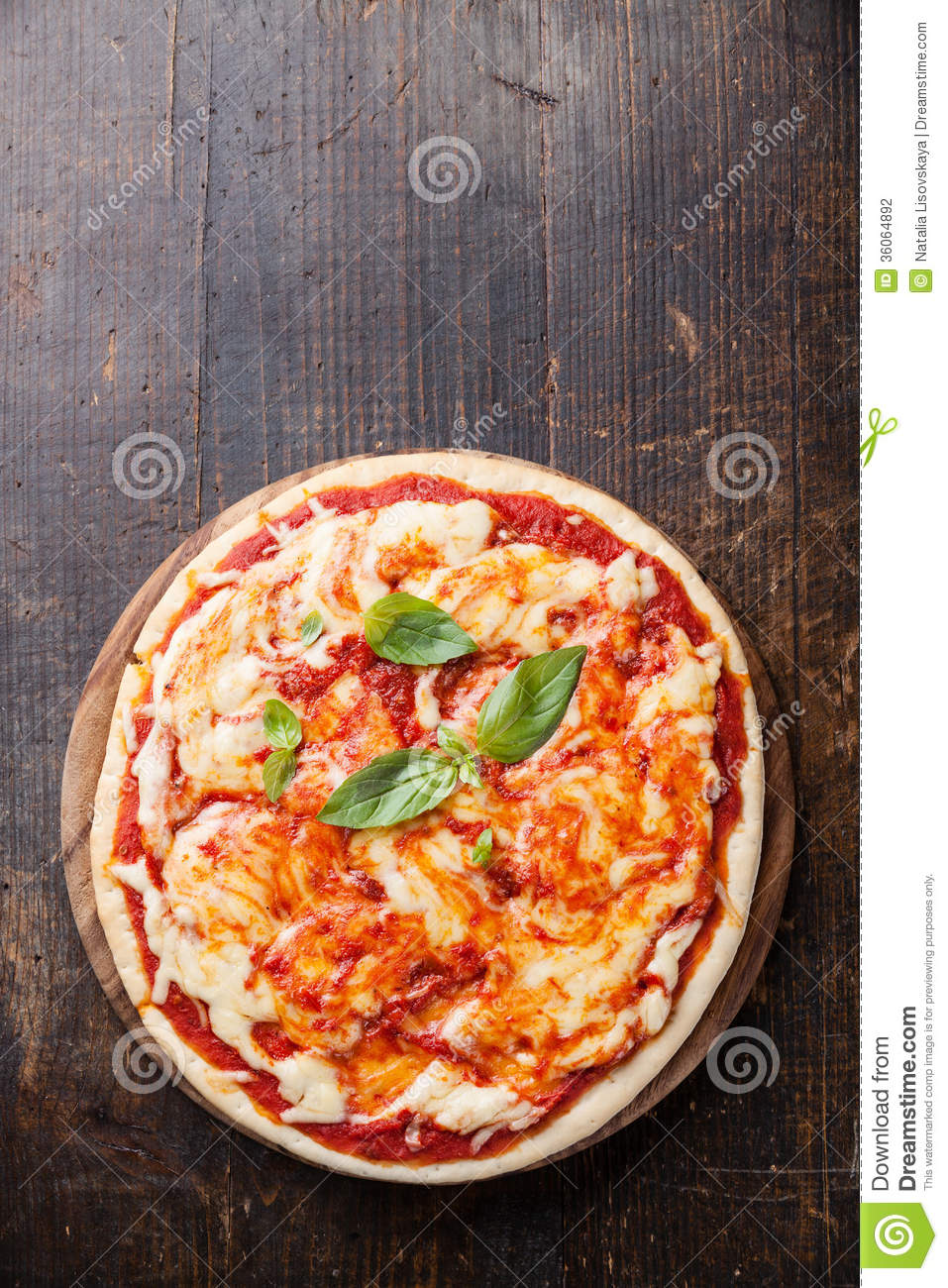 Margarita Pizza Cartoon Vector