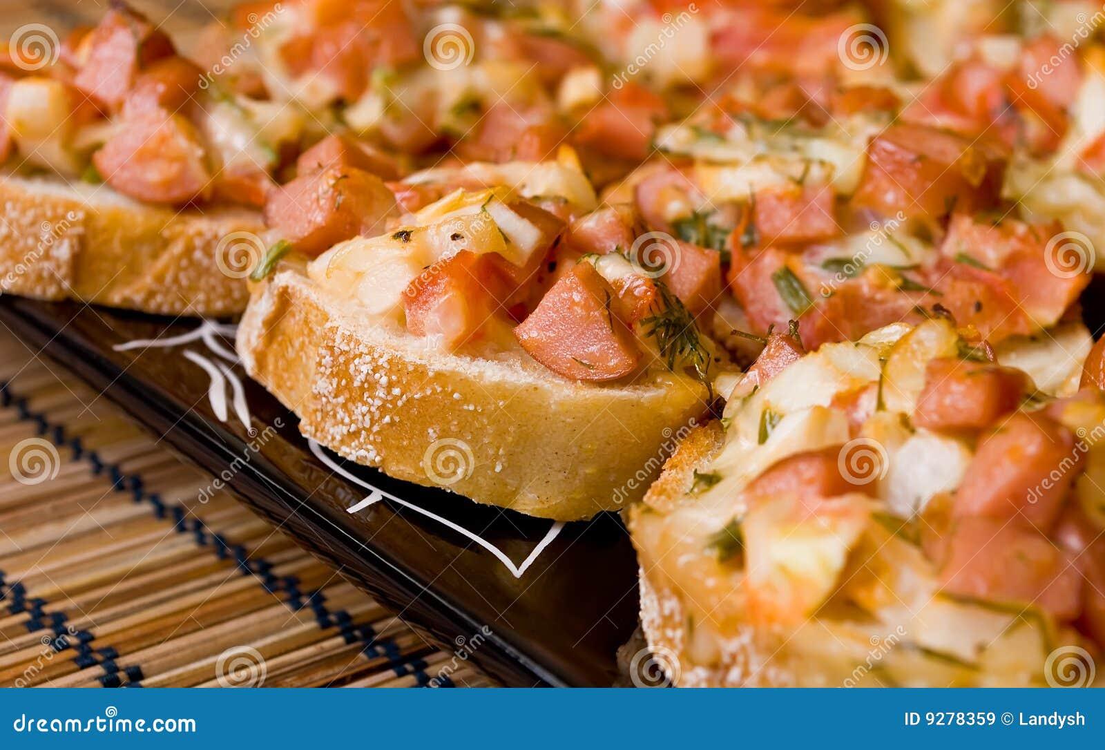 Pizza sandwiches