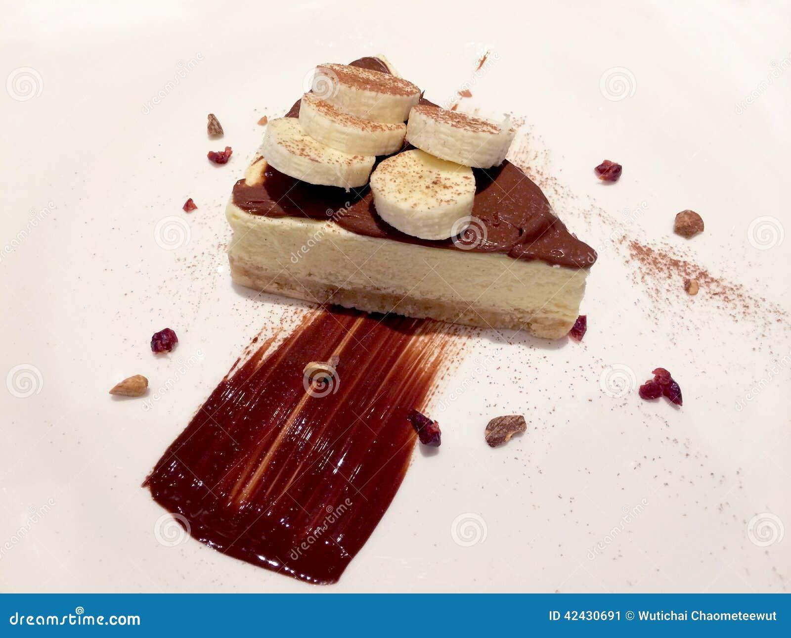 Plátano de la torta con el chocolate