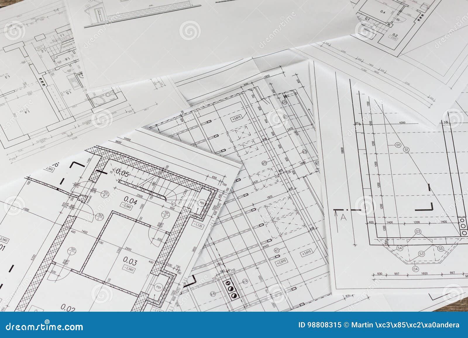 Pläne Des Gebäudes /Planen Gebäudemodell Und Entwurfswerkzeuge Auf Bau  Grundriss Entwarf Gebäude Auf Der Zeichnung Technik Und Te