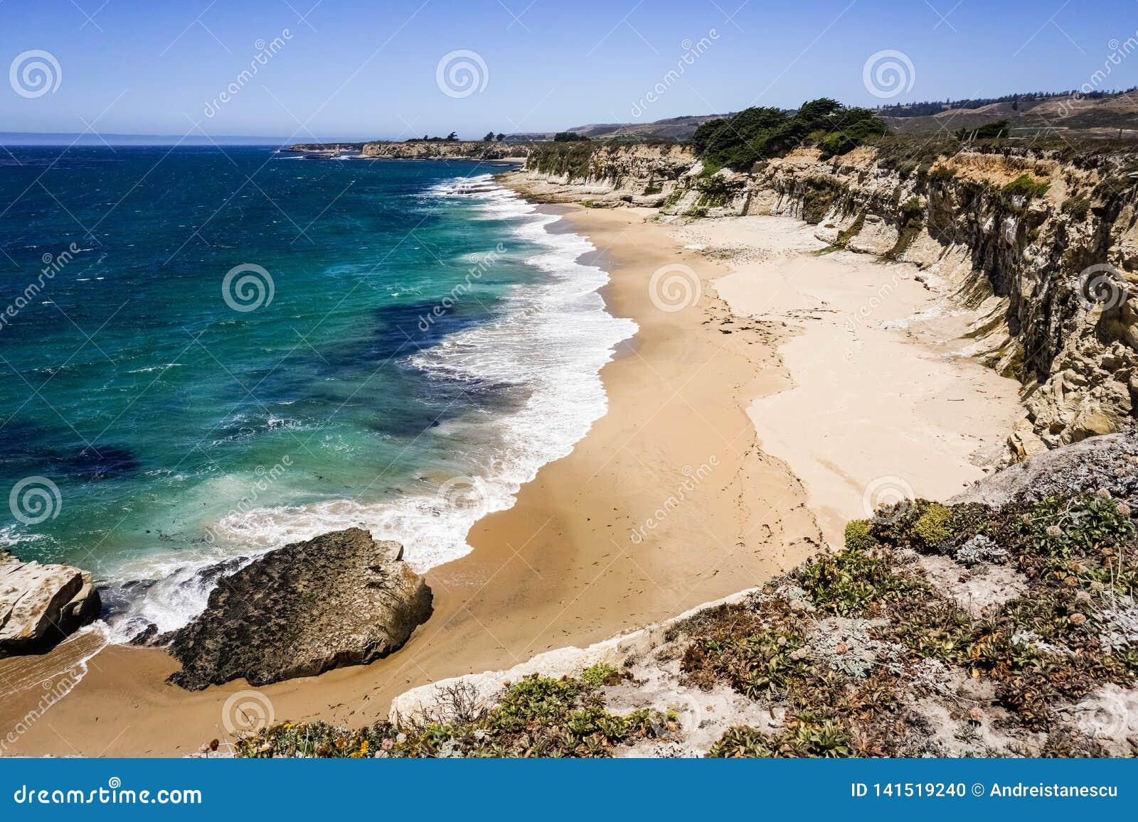 Plaże i falezy na wybrzeże pacyfiku, Dziki rancho stanu park, Santa Cruz, Kalifornia