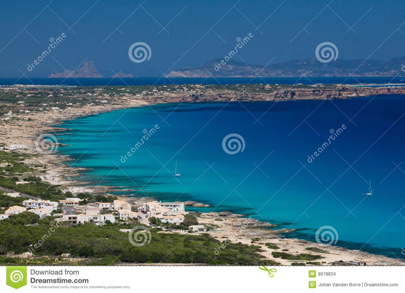 Plaże suną Formentera