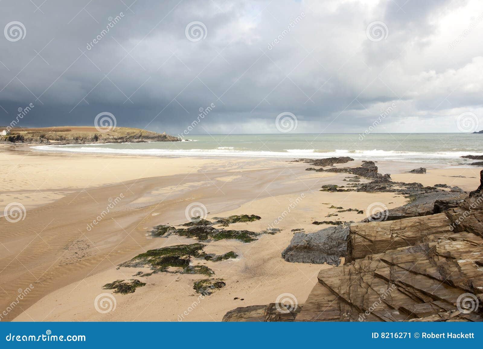 Plażowy burzowy