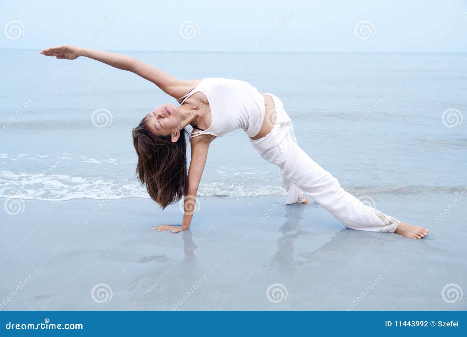 Plażowy joga