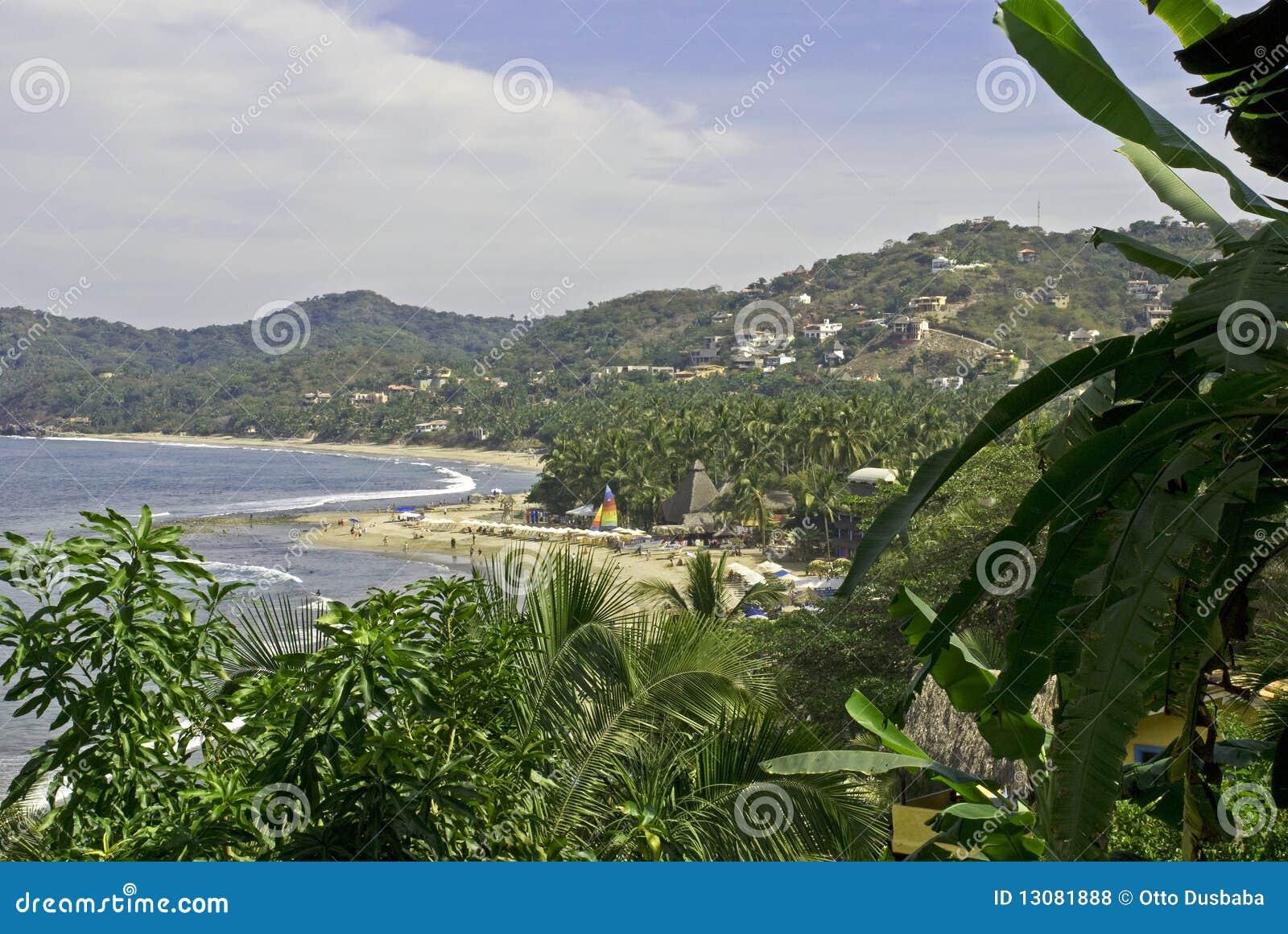 Plażowy meksykański ocean Pacific malowniczy