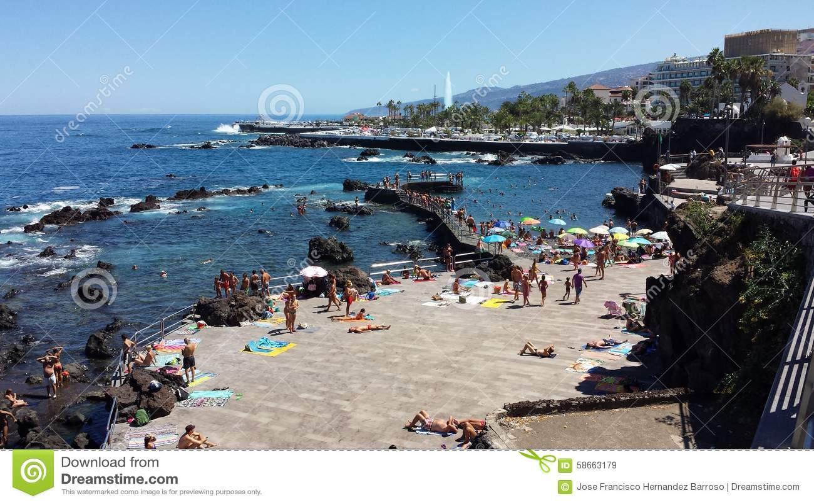Pla e puerto de la cruz obraz stock editorial obraz 58663179 - Puerta de la cruz ...