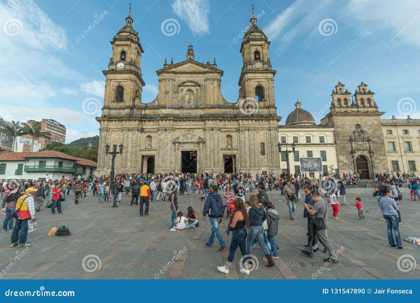 Plac De Bolivar i Bogota katedra
