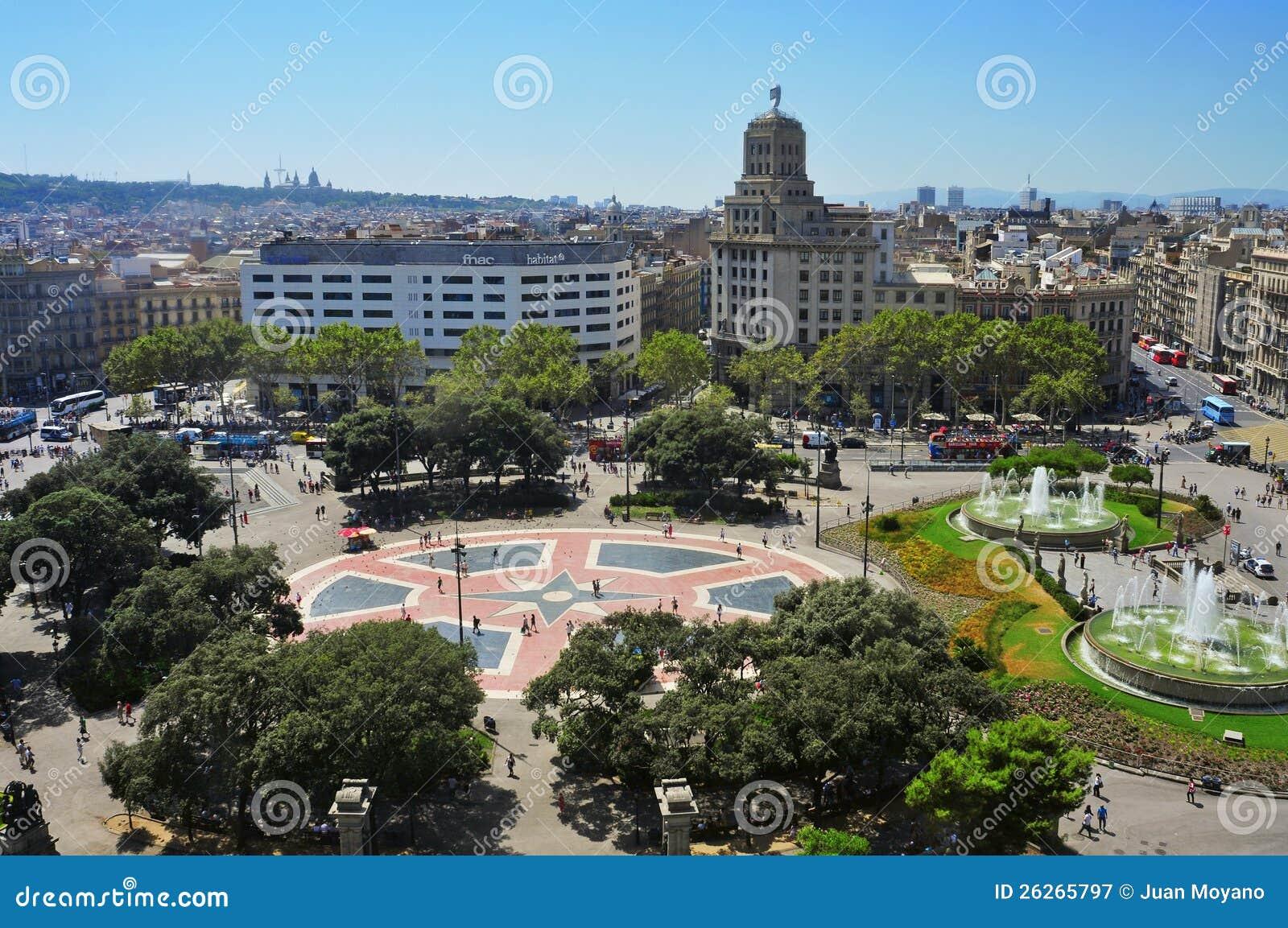 Placa catalunya a barcellona spagna fotografia editoriale for Spagna barcellona