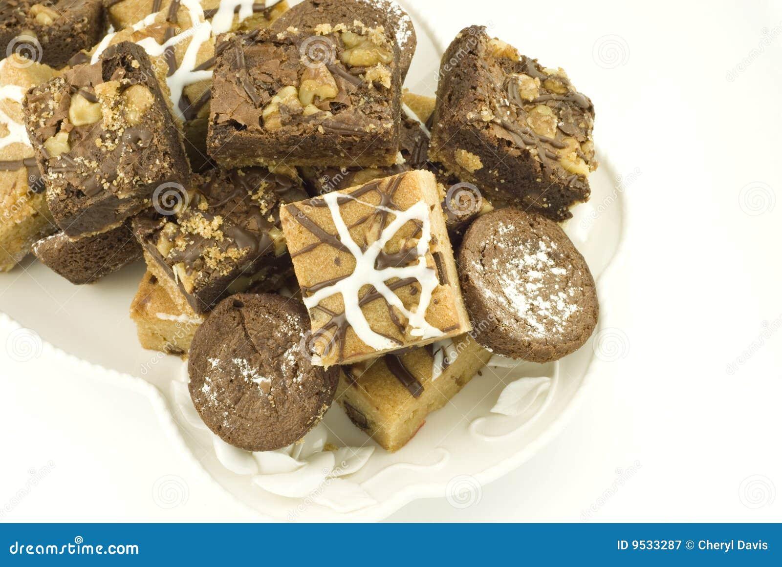 Placa de las barras clasificadas del postre del chocolate