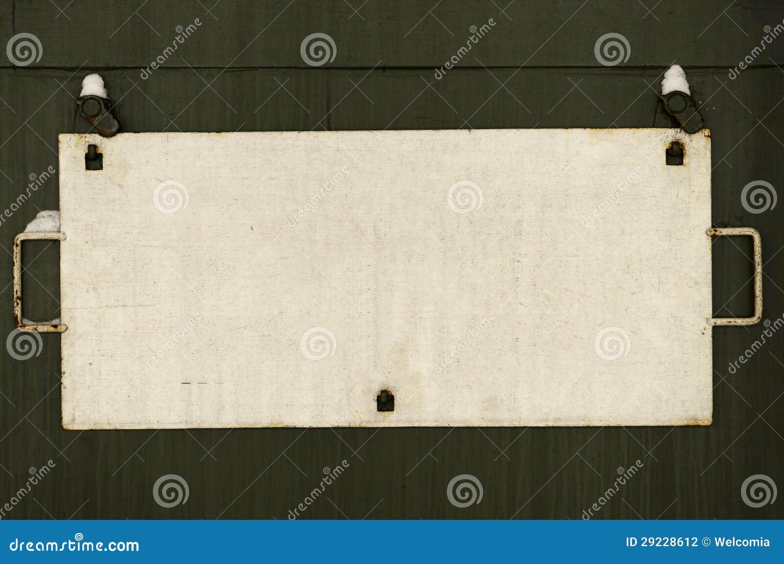 Download Placa Do Tag Da Estrada De Ferro Do Metal Foto de Stock - Imagem de verde, fundo: 29228612
