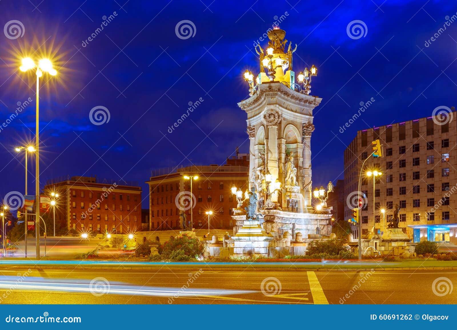 Placa espanya a barcellona alla notte spagna fotografia for Spagna barcellona