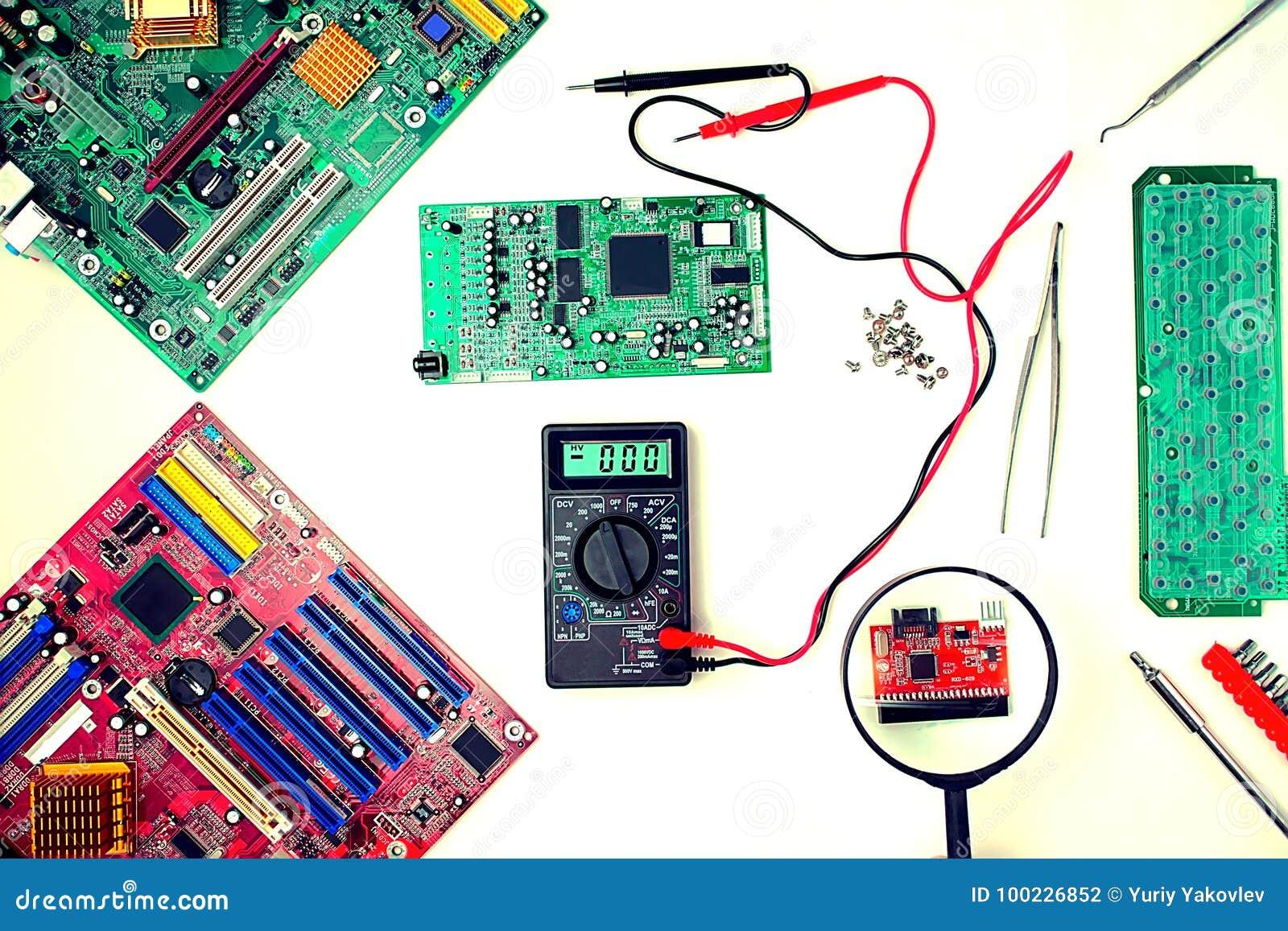 Placa madre del ordenador, diagnósticos y reparación, dispositivos que magnifican