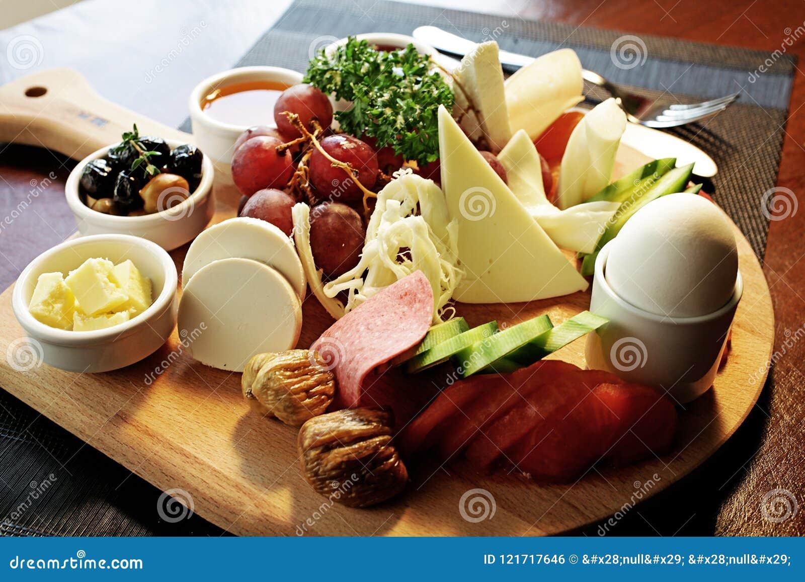 Placa pré-feito do café da manhã