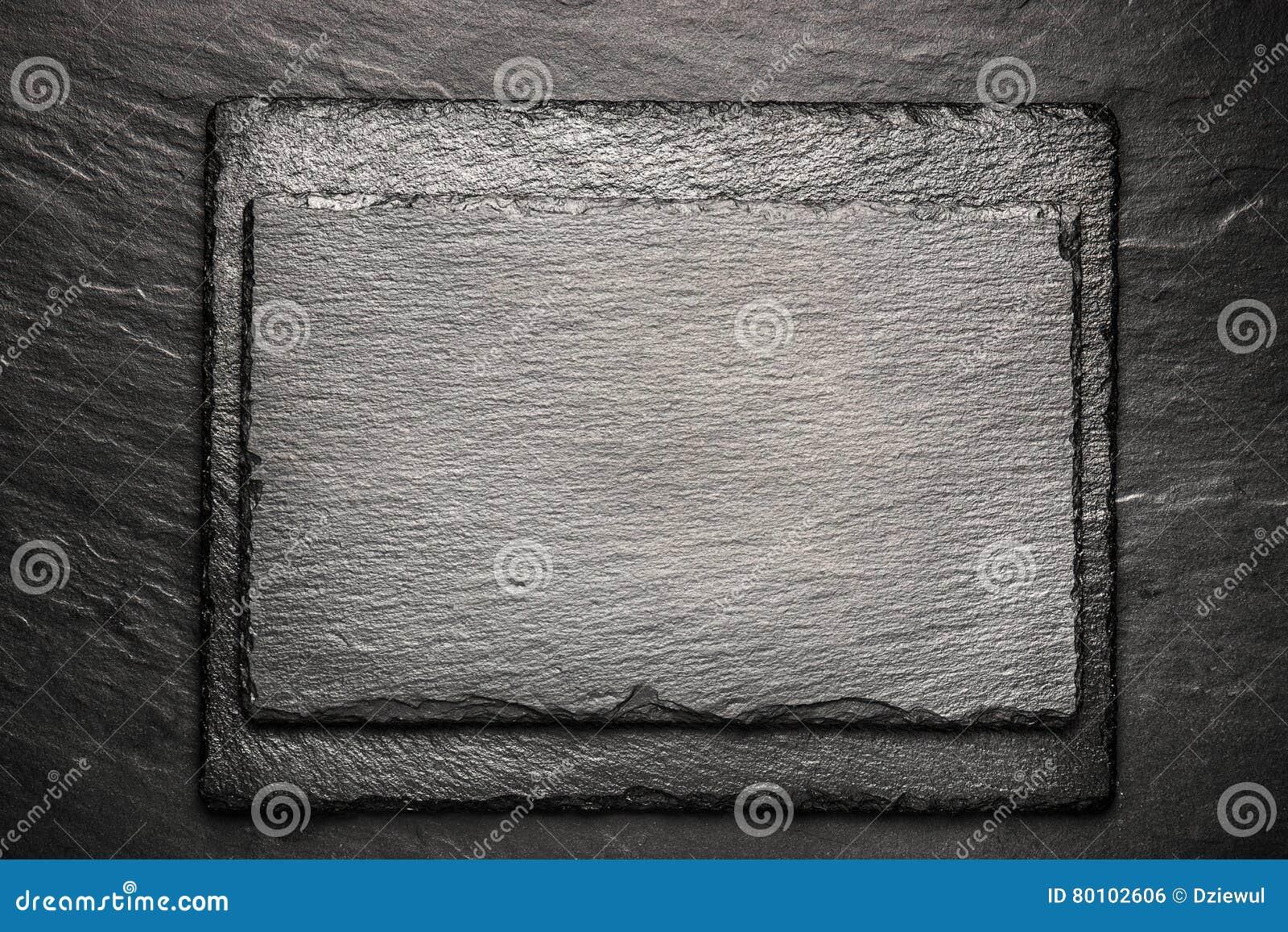 Placa preta da ardósia para servir com espaço da cópia