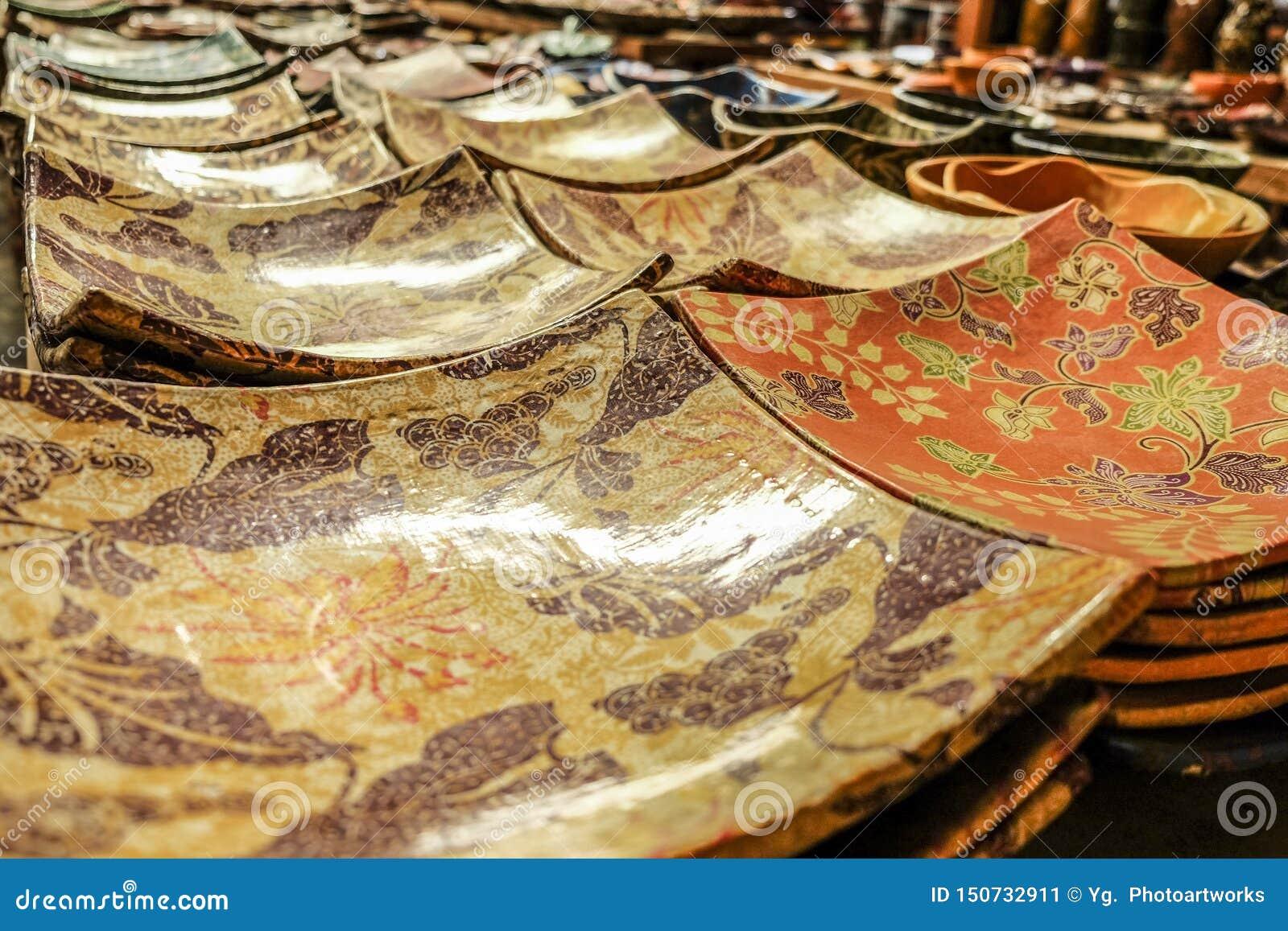 Placa tradicional de la cerámica de Lombok