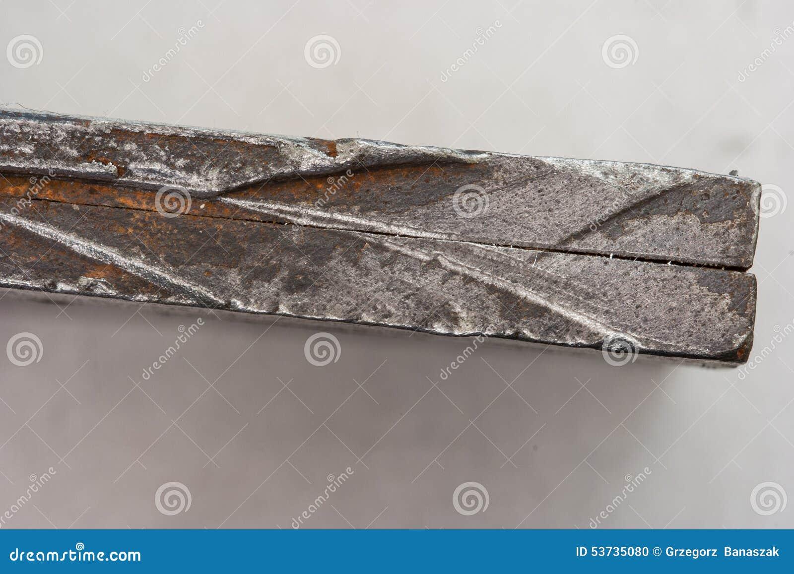 Placas de aço imprensadas