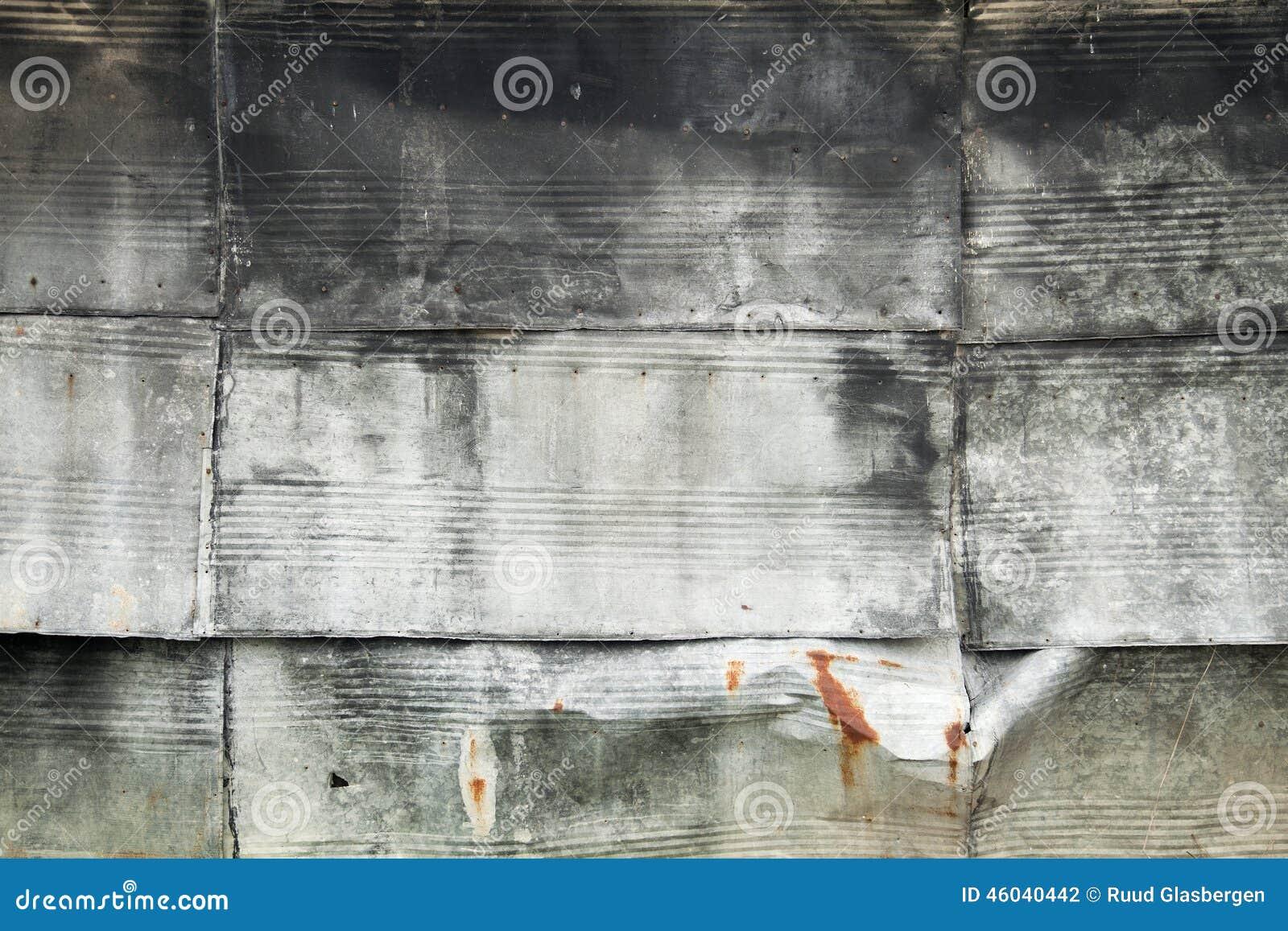 Placas del cinc como recubrimiento de paredes foto de archivo imagen 46040442 - Recubrimientos de paredes ...