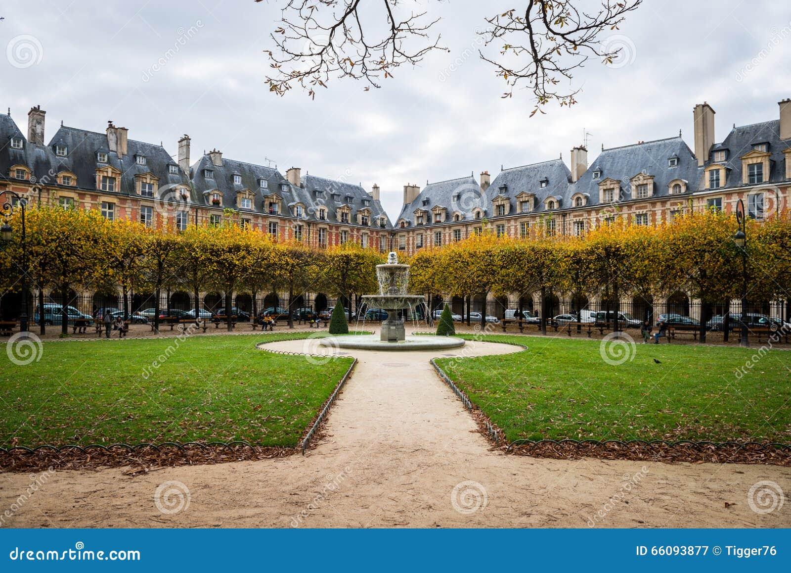 Place des vosges paris editorial photography image of - Comptoir des cotonniers place des vosges ...