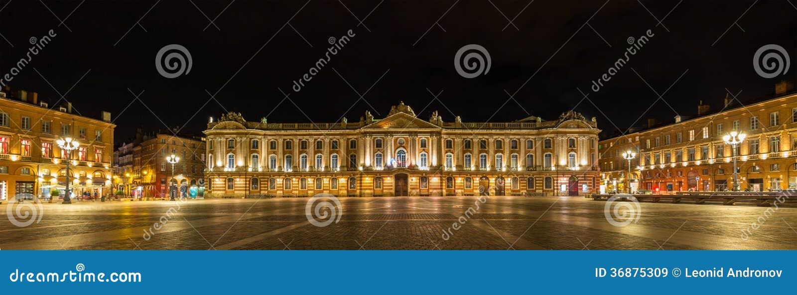 Download Place Du Capitole Tolosa - In Francia Immagine Stock - Immagine di posto, capitol: 36875309