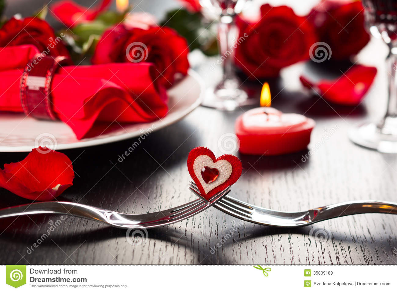 place setting for valentine u0026 39 s day royalty free stock