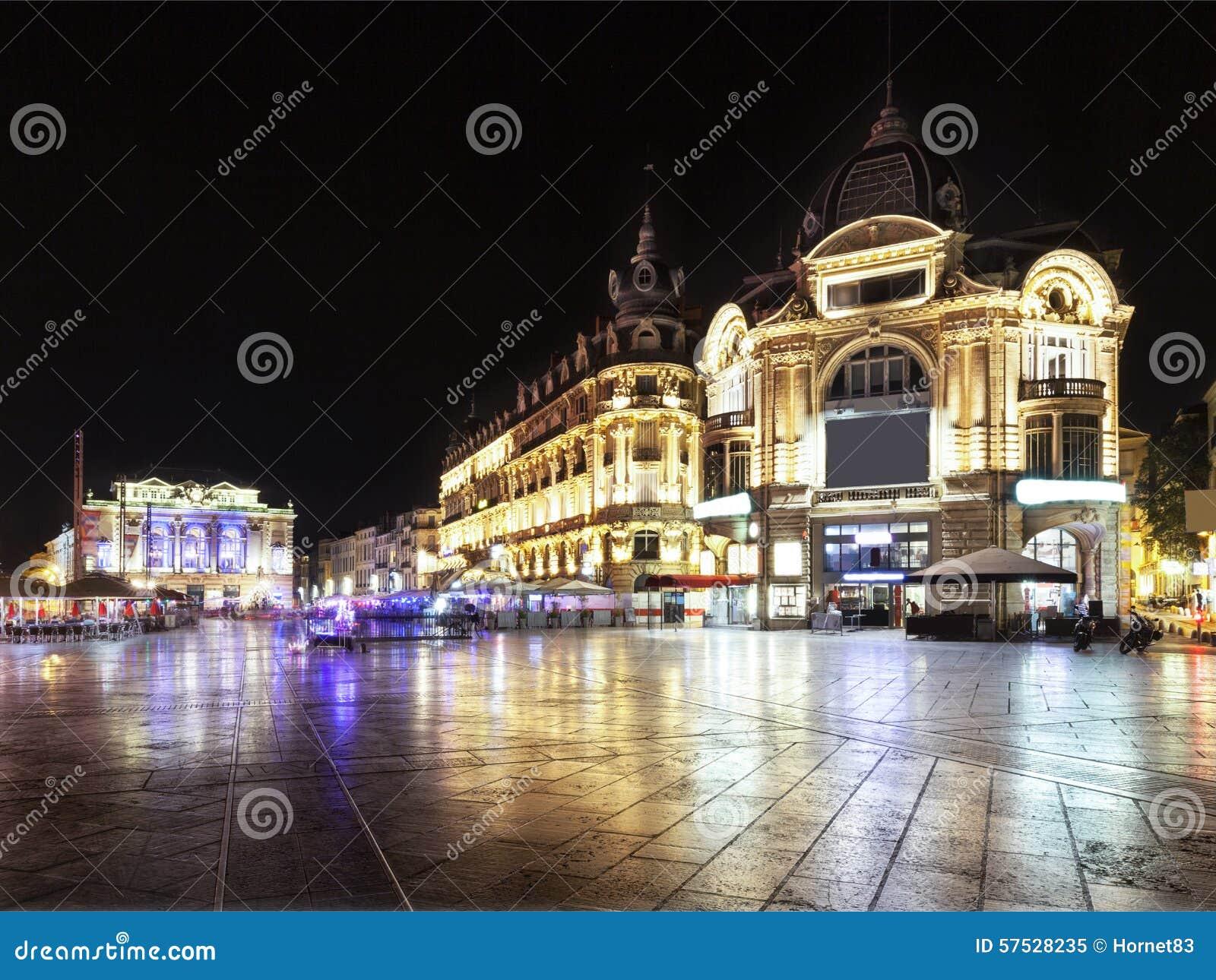 Placez de la comédie à Montpellier la nuit