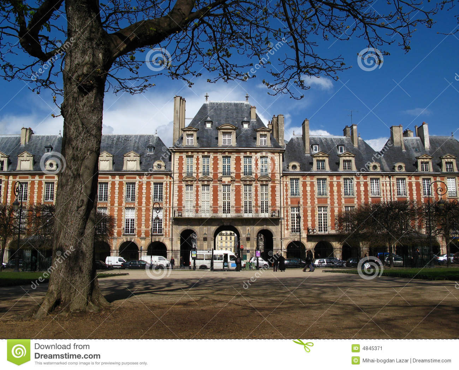 Placez DES VOSGES, Paris, France