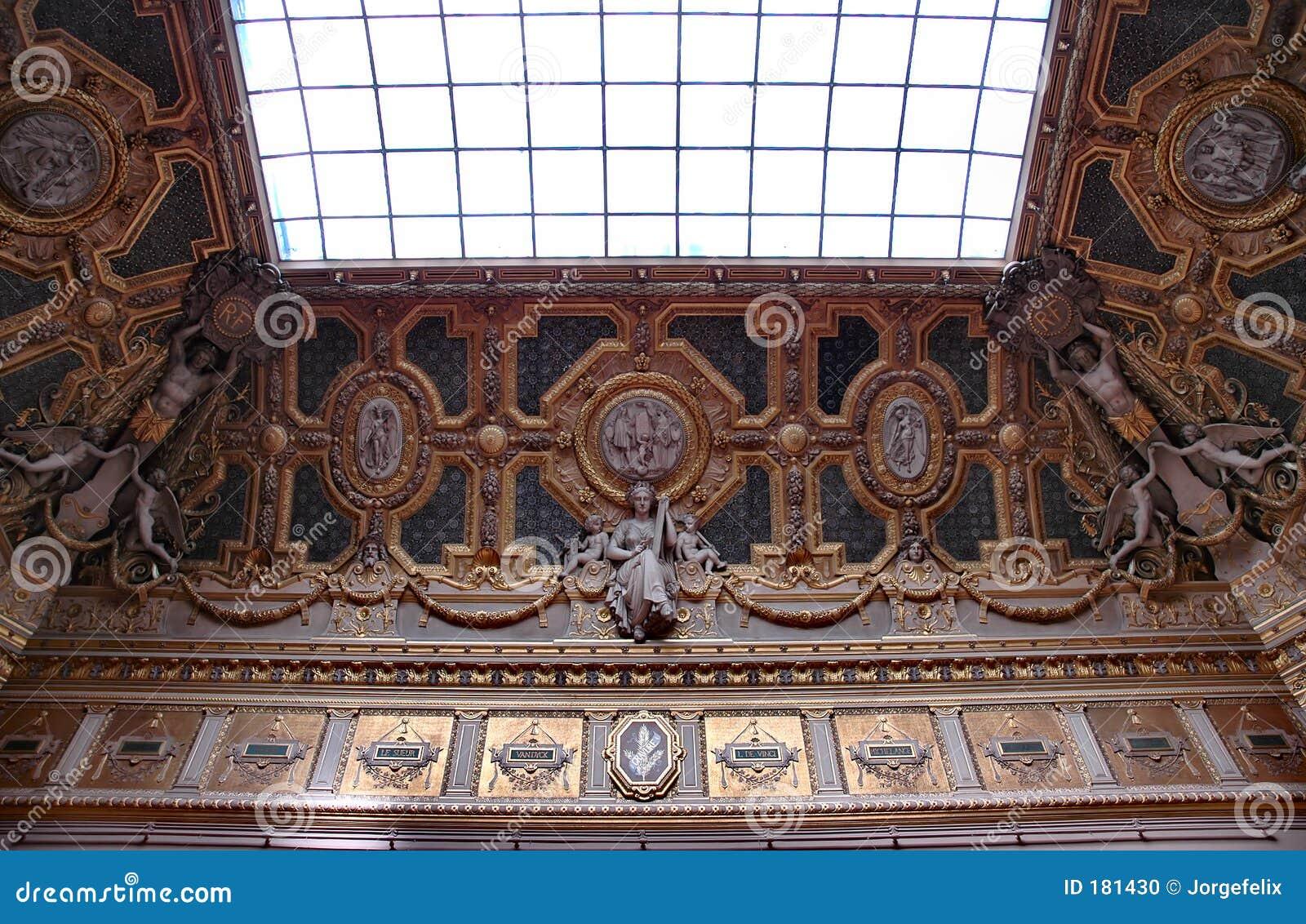 Plafond et hublot