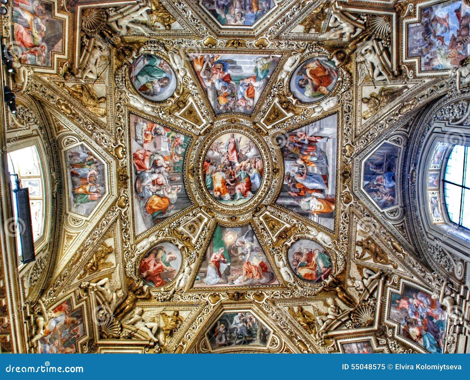 Plafond exquis de la galerie des cartes, musée de Vatican, Rome