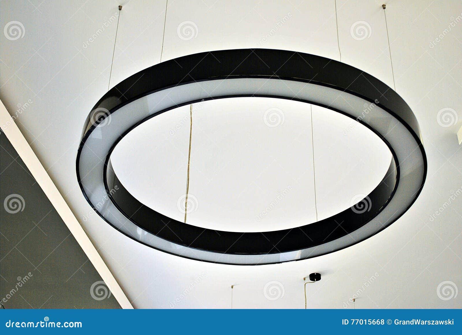 Plafoniere Da Esterno Rotonde : Plafoniera rotonda fotografia stock. immagine di colore 77015668