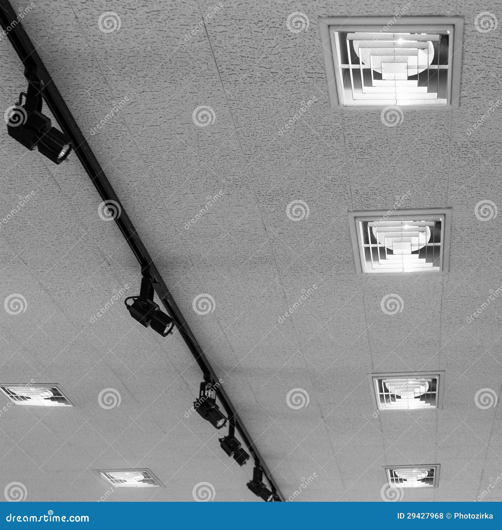 Plafoniere moderne fotografia stock immagine di nero for Plafoniere moderne