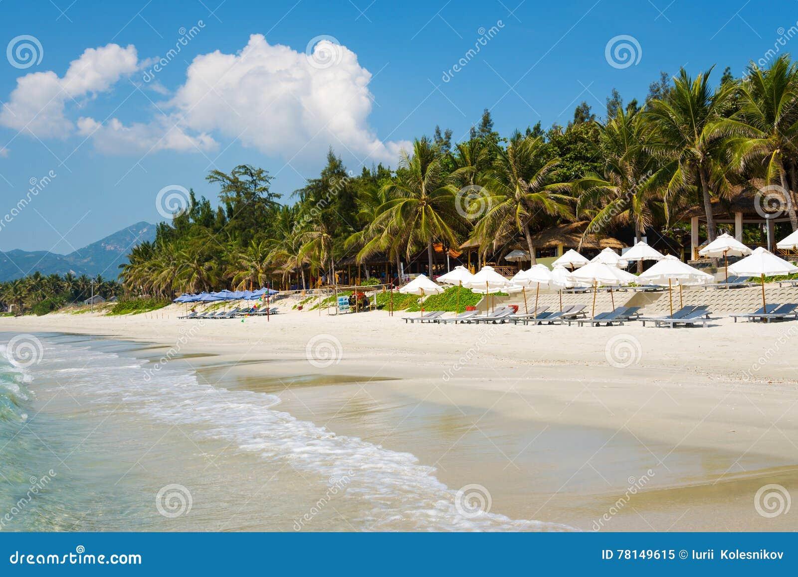 Plage de Doc. Let avec le sable blanc, Vietnam