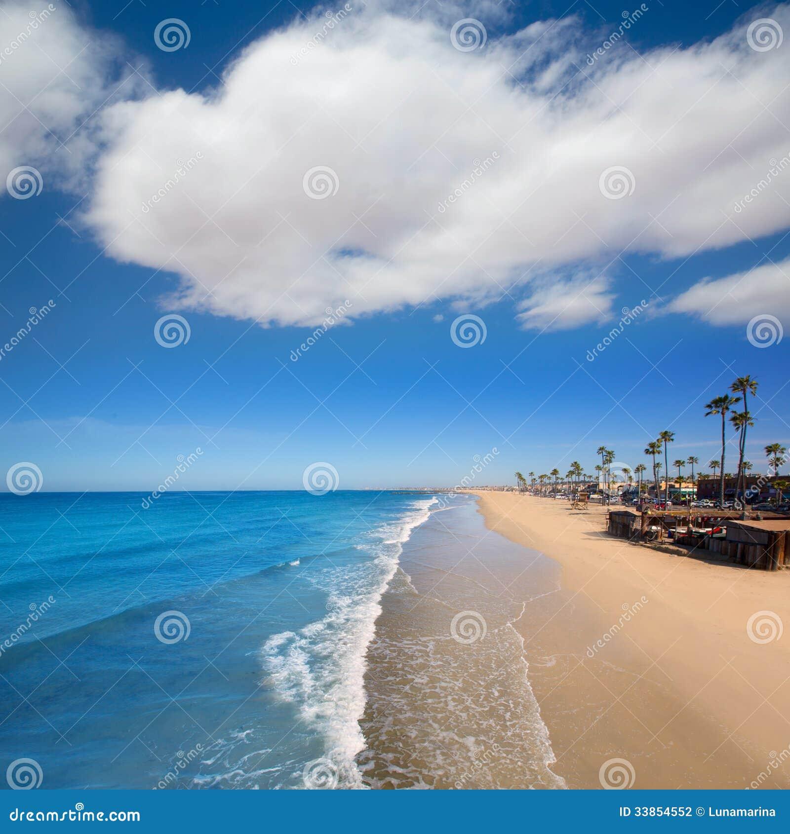plage de newport en californie avec des palmiers. Black Bedroom Furniture Sets. Home Design Ideas