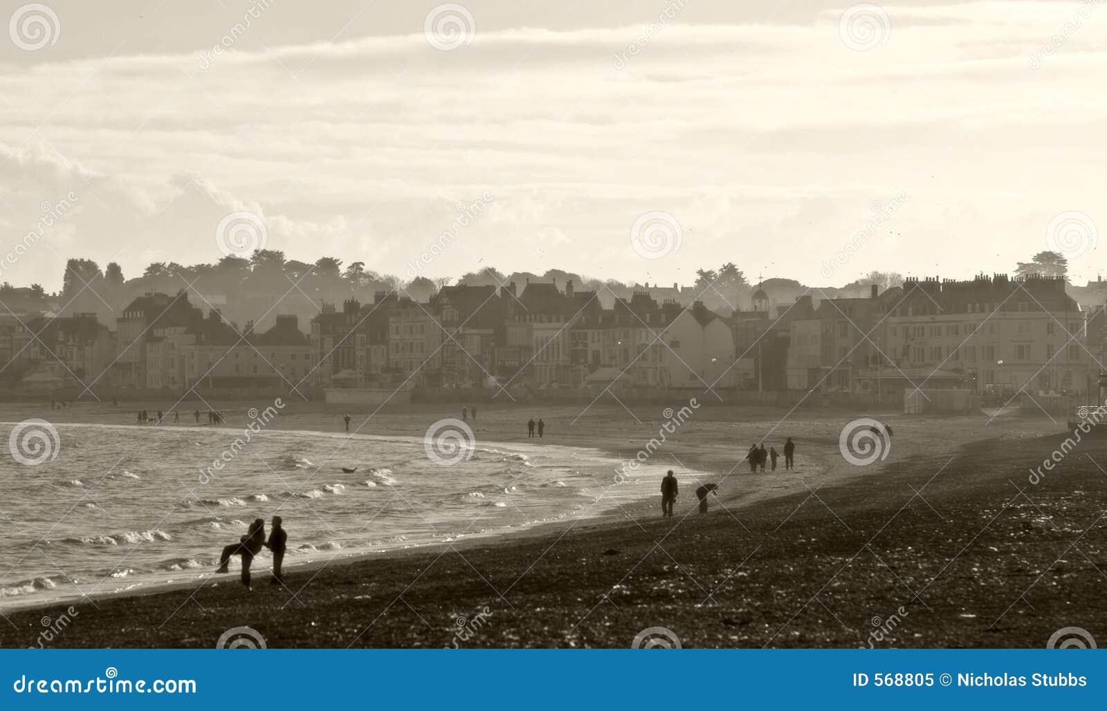 Plage de Weymouth dans Dorset, Angleterre à Noël