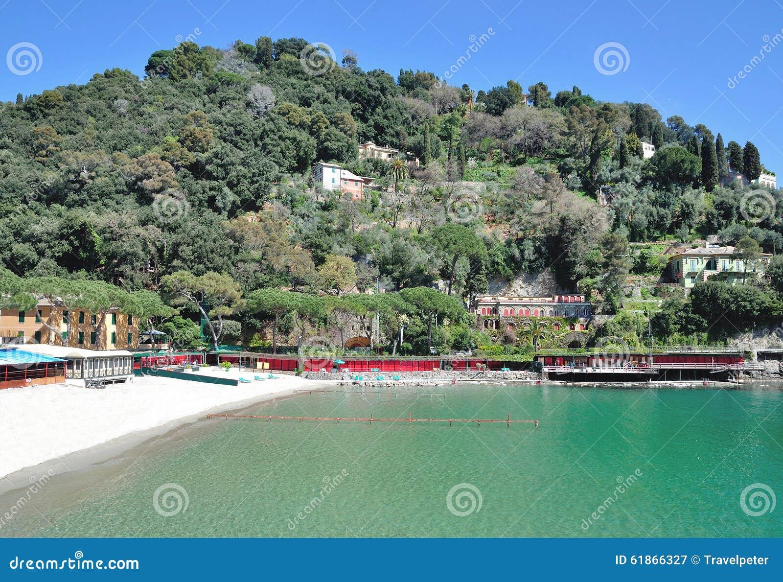 plage portofino italien la riviera ligurie italie image stock image 61866327. Black Bedroom Furniture Sets. Home Design Ideas