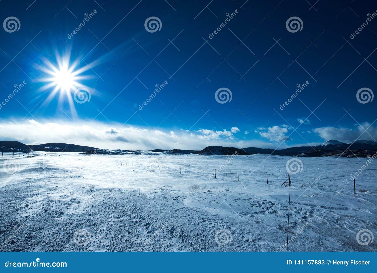Planícies nevados da montanha