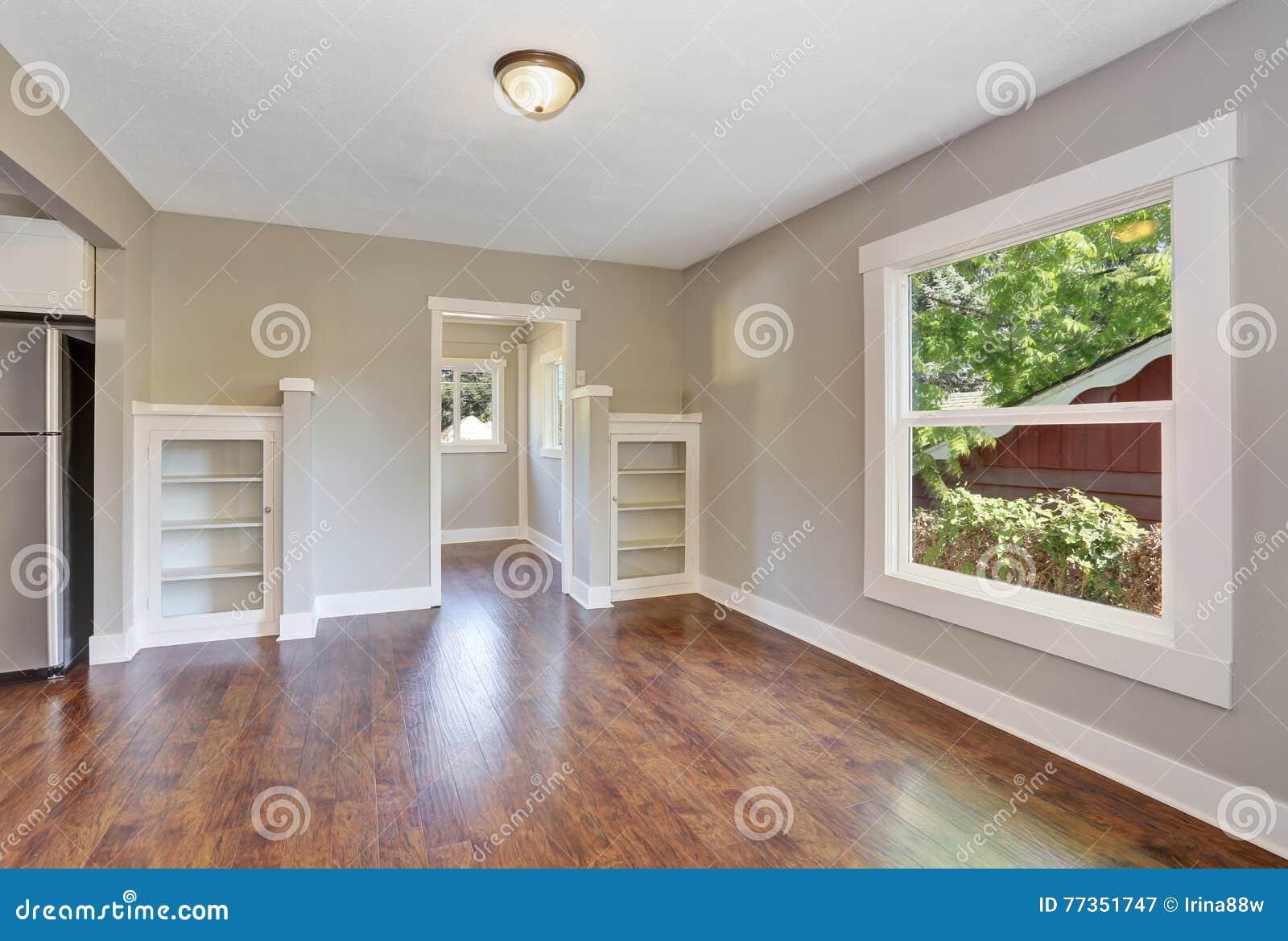 Plan d 39 tage ouvert int rieur vide de couloir avec le for Le vide interieur