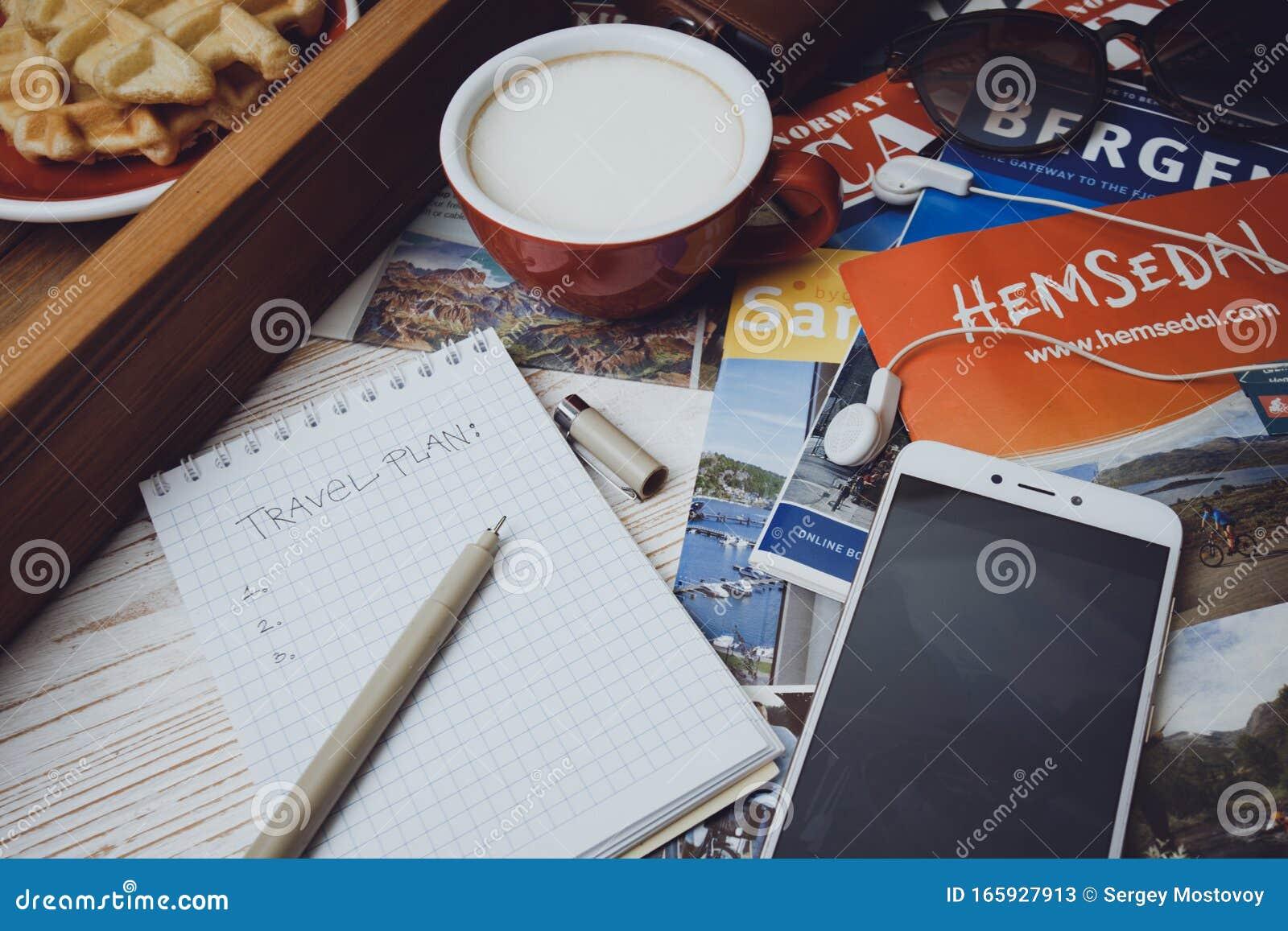 Plan De Viaje Foto De Archivo Editorial Imagen De Viaje 165927913