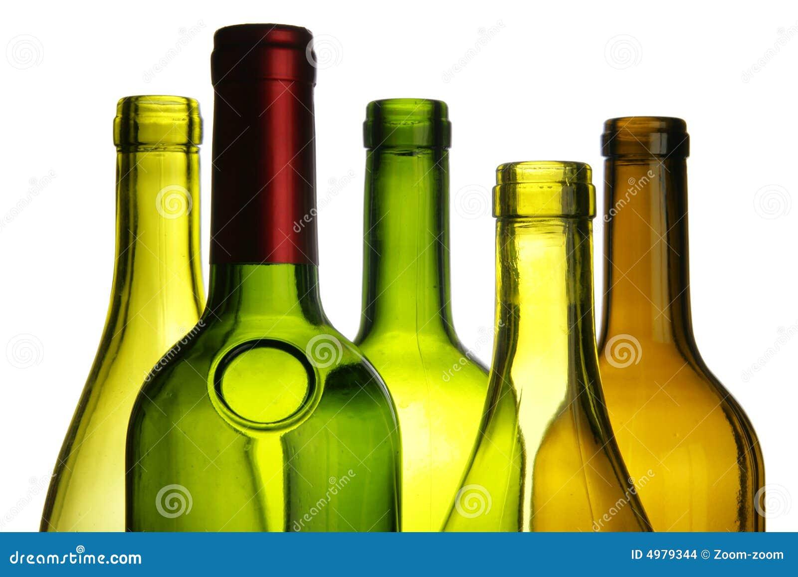 Plan rapproché de bouteilles de vin