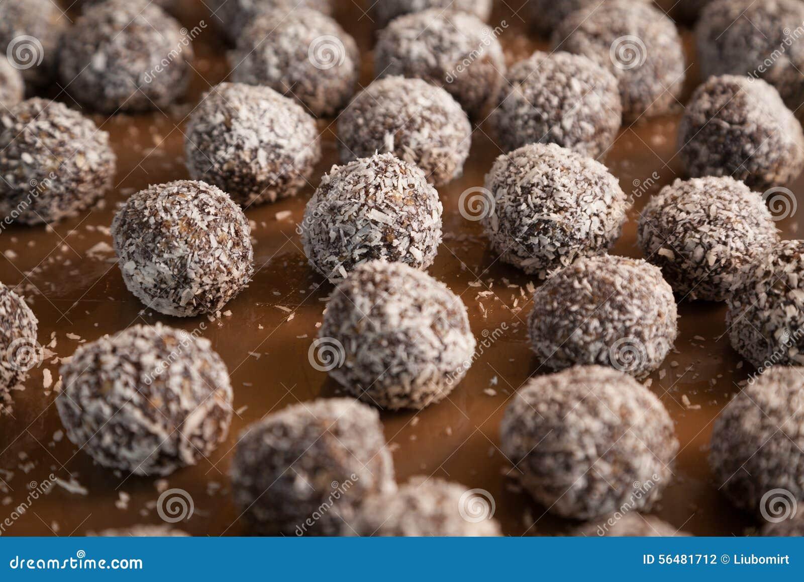 Plan rapproché de burfi indien doux de noix de coco