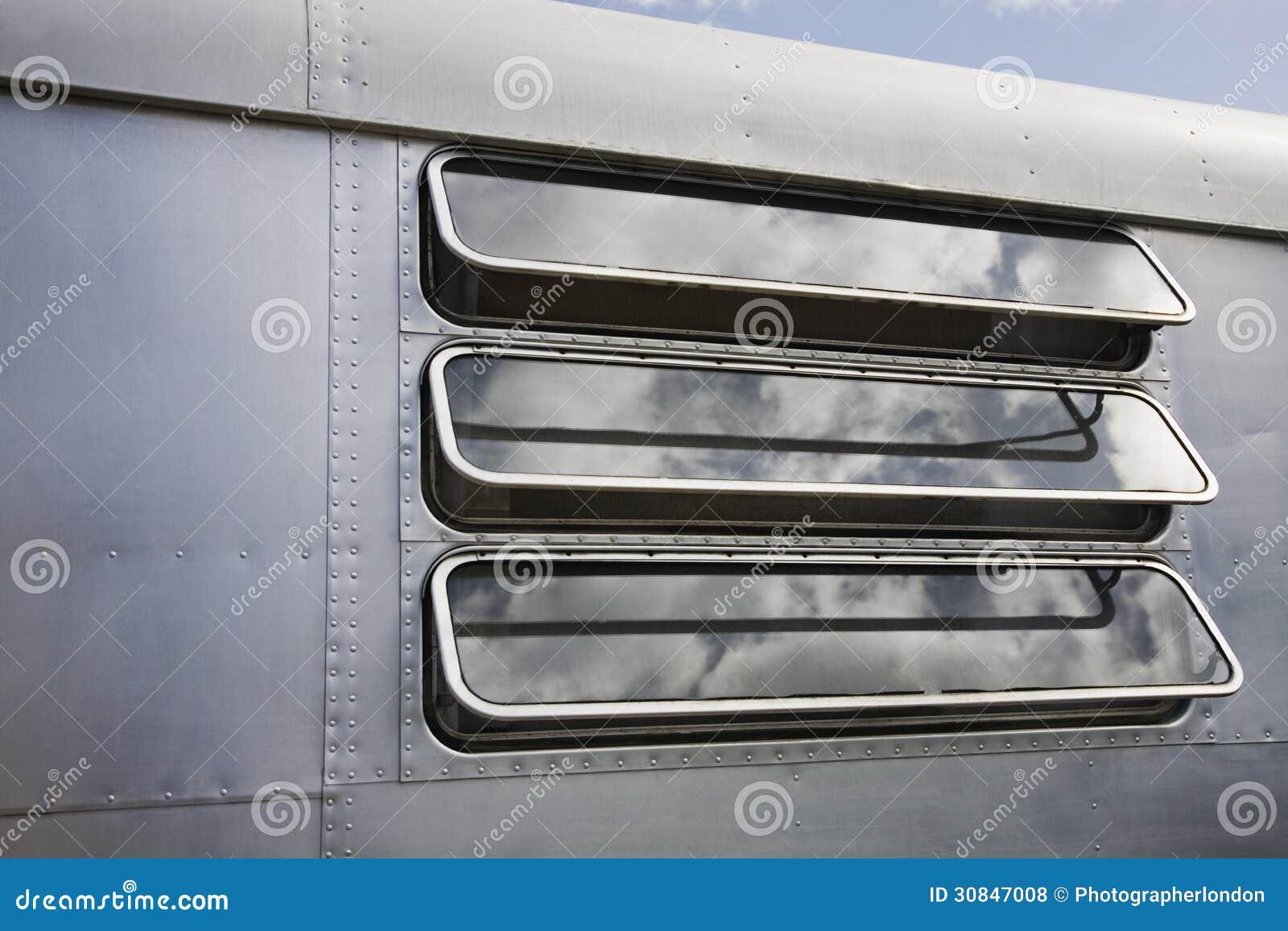 Plan Rapproché De Fenêtre De Caravane Photo Stock Image Du
