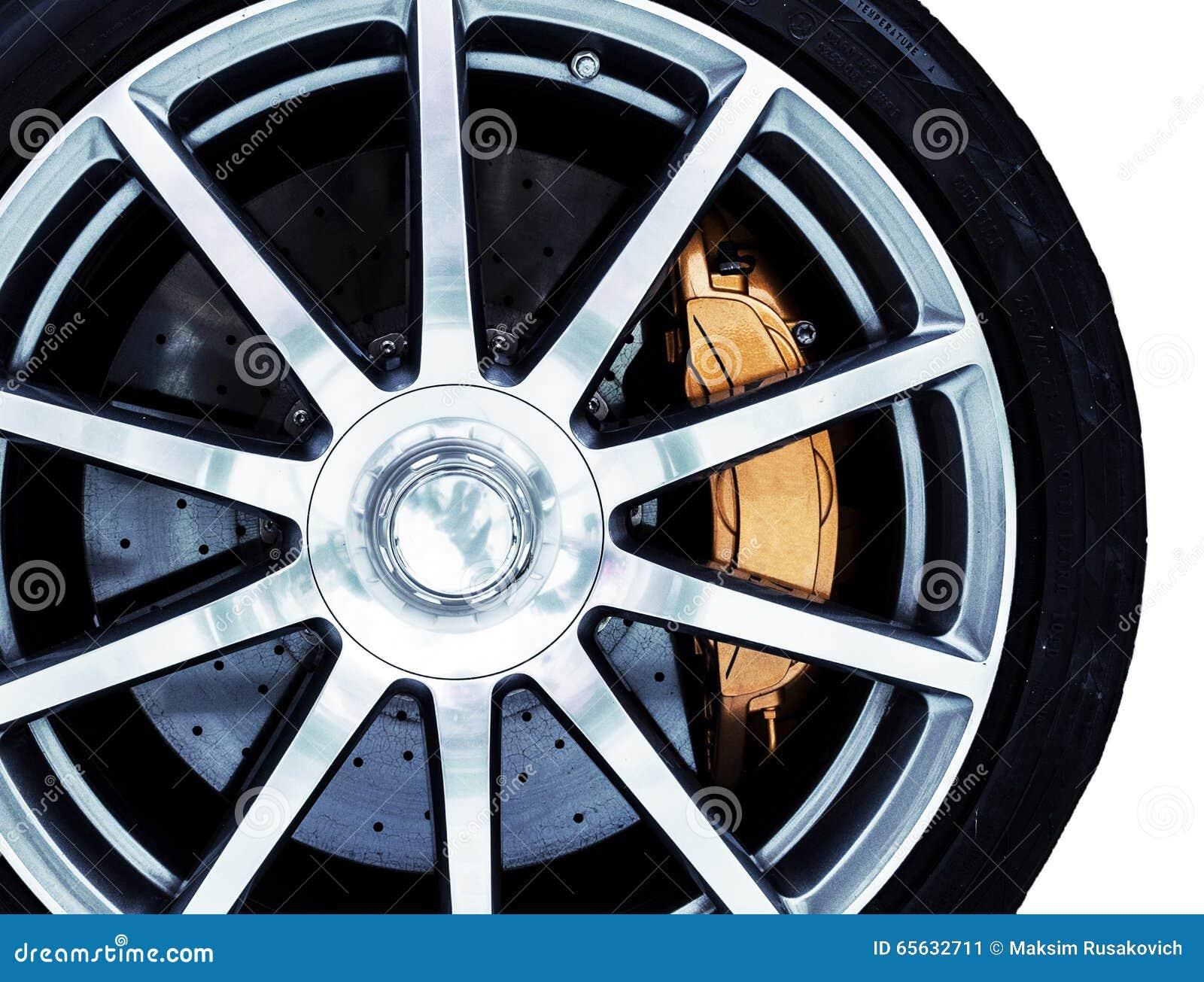 Plan rapproché de gris, poids léger peint, roue d alliage avec un moder