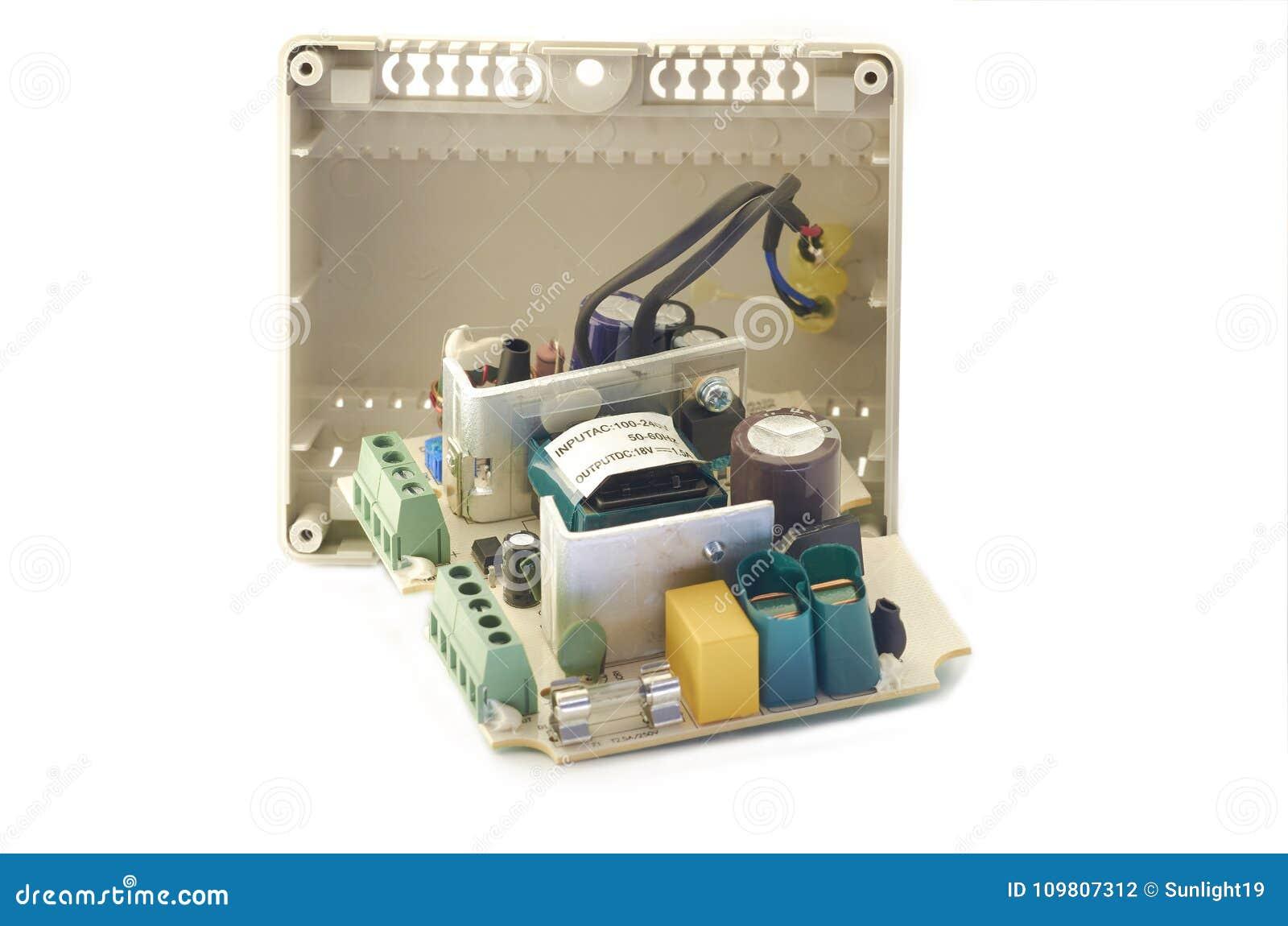 Plan rapproché de l alimentation d énergie visuelle d interphone, composants