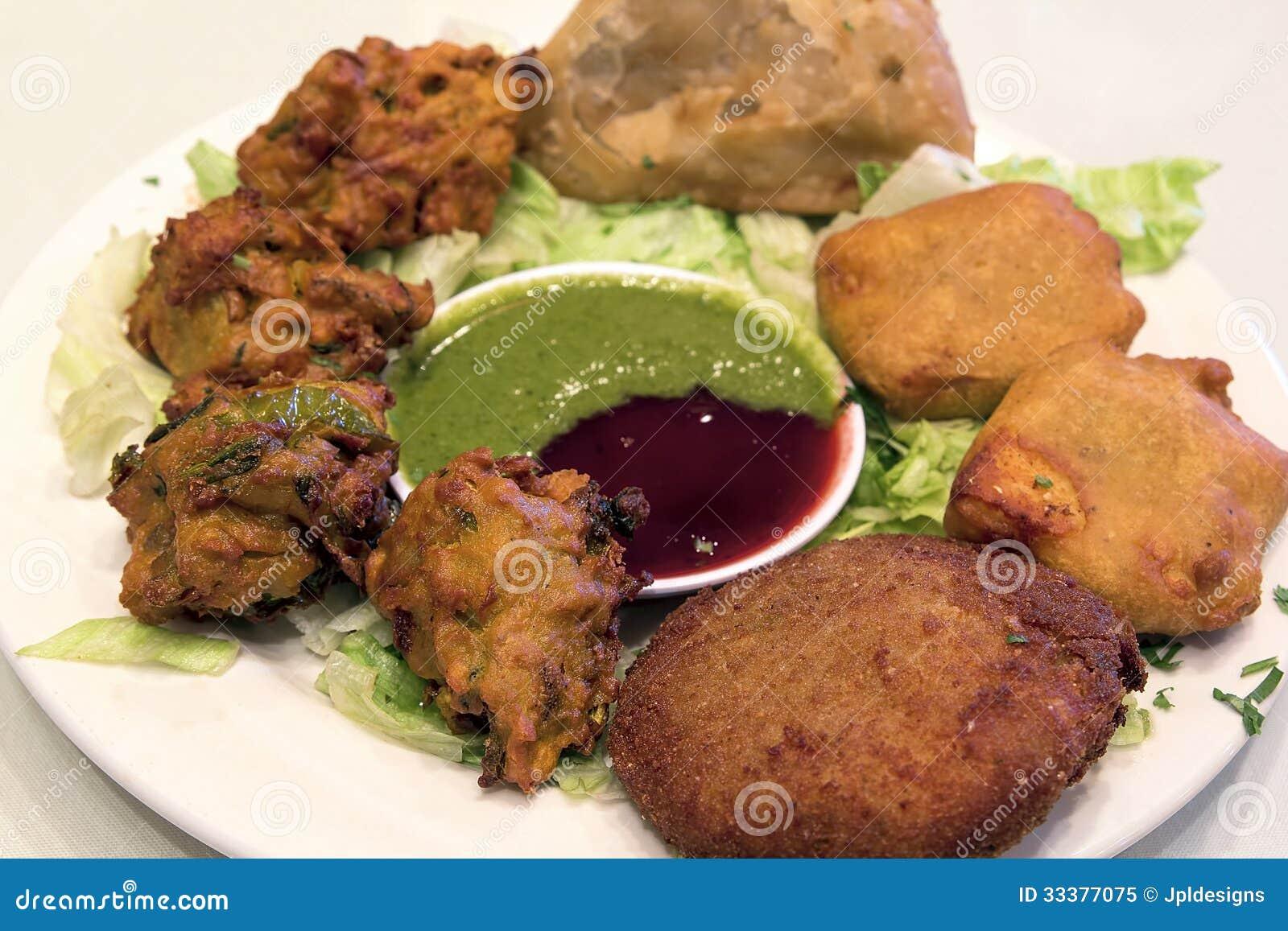 Plan rapproché de plat d apéritif de nourriture d Indien est